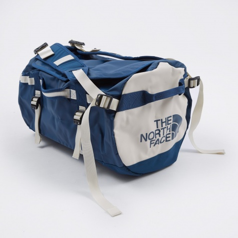 Base Camp Duffel - Blue Wing Teal/Vin