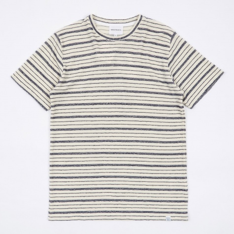 Niels Texture Stripe T-Shirt - Dark Navy