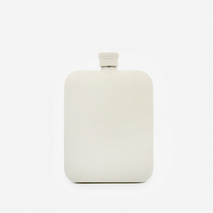Izola 6oz Hip Flask With Canvas Carrier - Cream (Image 1)