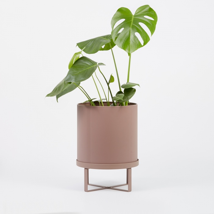 Ferm Living Bau Plant Pot Dusty Rose - Large (Image 1)