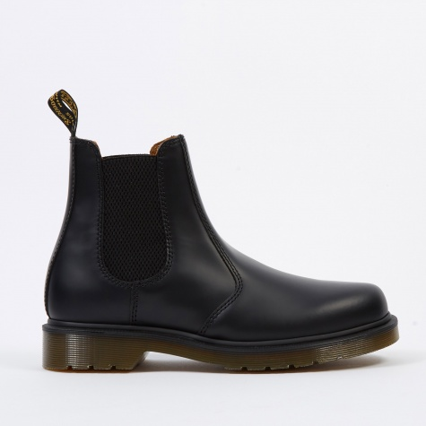 Dr. Martens 2976 - Black Smooth