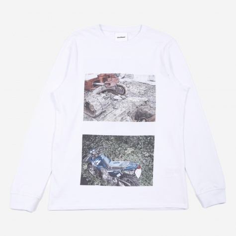 Brund Longsleeve T-Shirt - White