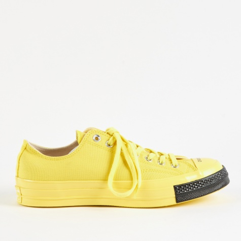x Undercover Chuck Taylor All Star 70 Ox - Buttercup