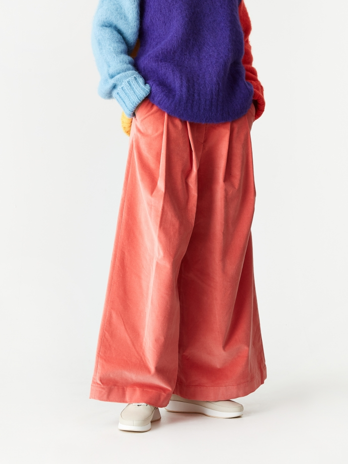 Neul Two Tucks Wide Trouser - Coral Pink (Image 1)