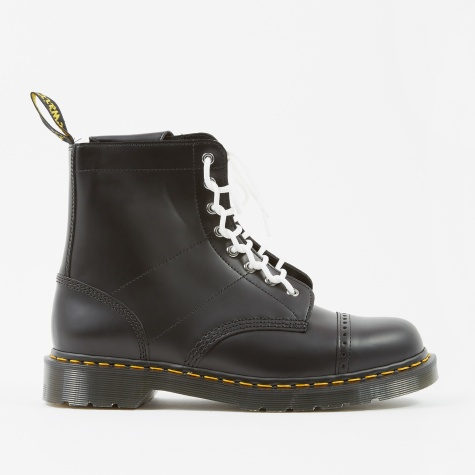 Dr. Martens x Needles 1460 - Black Smooth