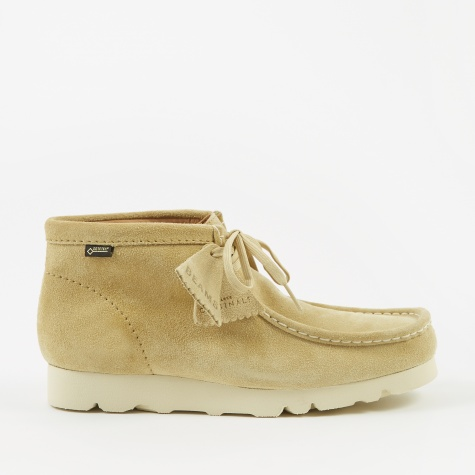 Clarks x Beams Wallabee Boot GTX - Maple Suede