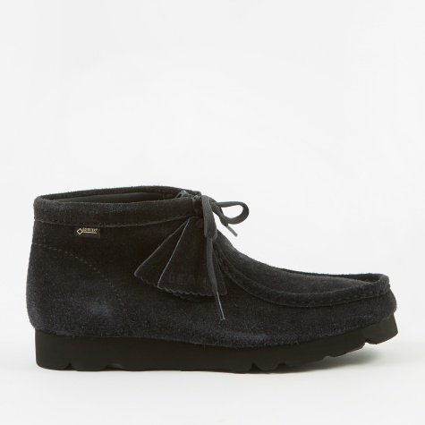 Clarks x Beams Wallabee Boot GTX - Navy Suede