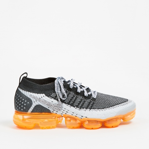 Air Vapormax Flyknit 2 Running Shoe - White/White-Black
