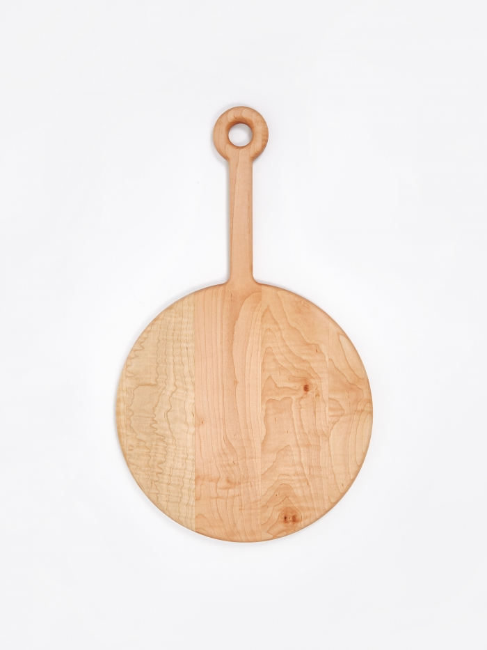 Fort Standard Plank Cutting Board Curly Maple - Circle (Image 1)