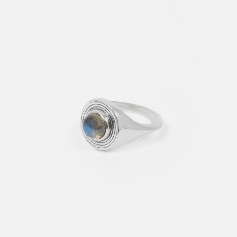 Astral Signet Ring - Sterling Silver/Labradorit