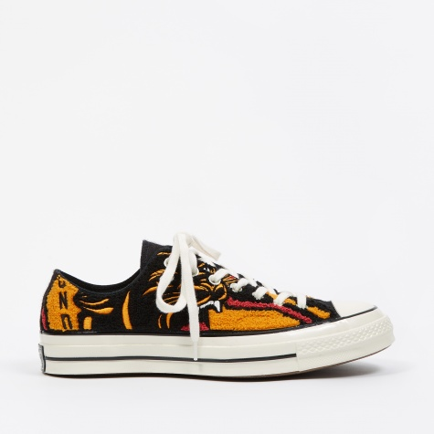 x Undefeated Chuck Taylor All Star 70 - Apricot