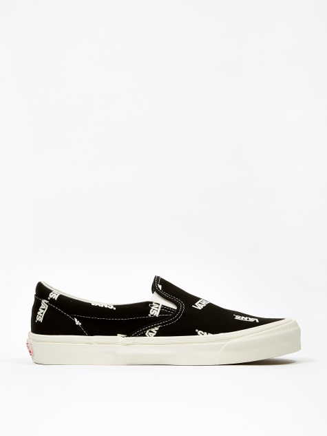 Vault OG Classic Slip-On LX - (Canvas) Black/Marshmallow