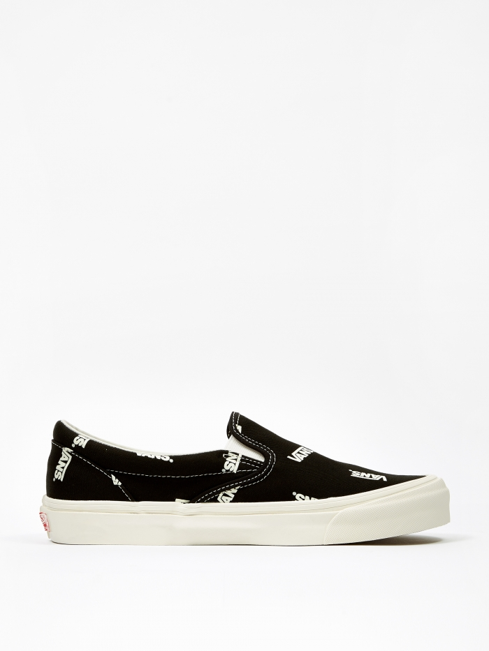 Vans OG Classic Slip-On LX - (Canvas) Black/Marshmallow (Image 1)