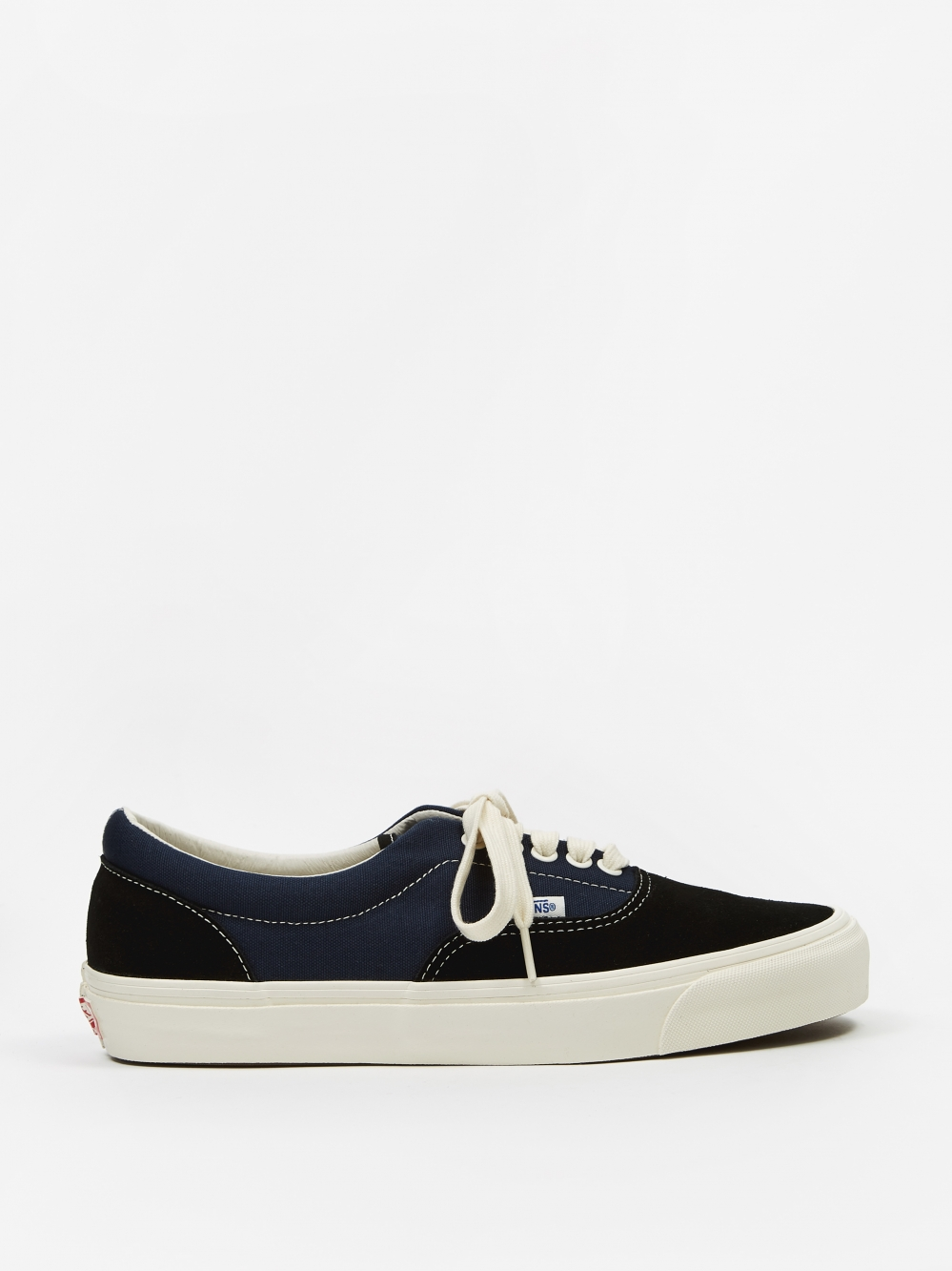 984fce23f22e Vans Vault OG Era LX - (Suede Canvas) Black Dress Blue (
