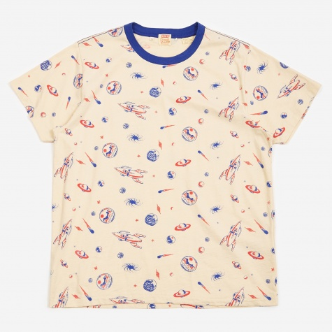 Levis Vintage Clothing Graphic T-Shirt - All Over Creme Brulee