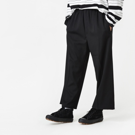 Pleated Trouser - Black