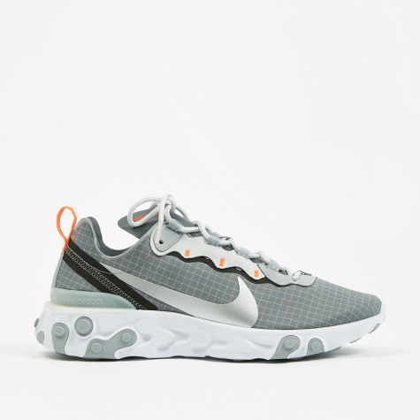 React Element 55 - Cool Grey/Metallic Silver-Hyper Crimson