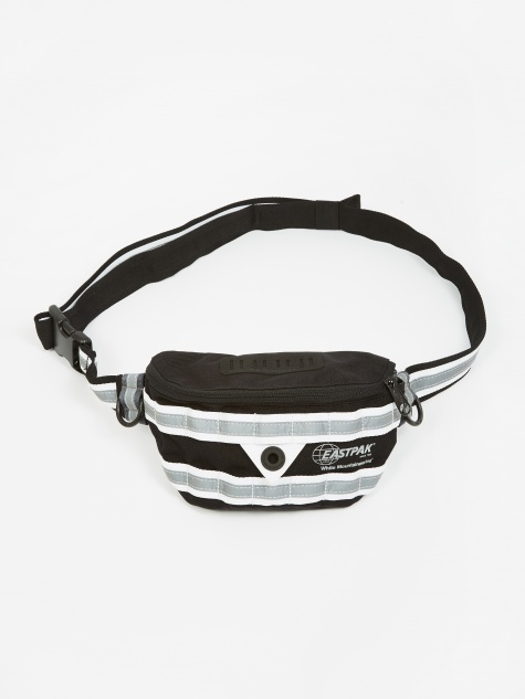 x White Mountaineering Springer Bag - WM Black