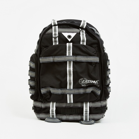 x White Mountaineering Killington Bag - WM Black