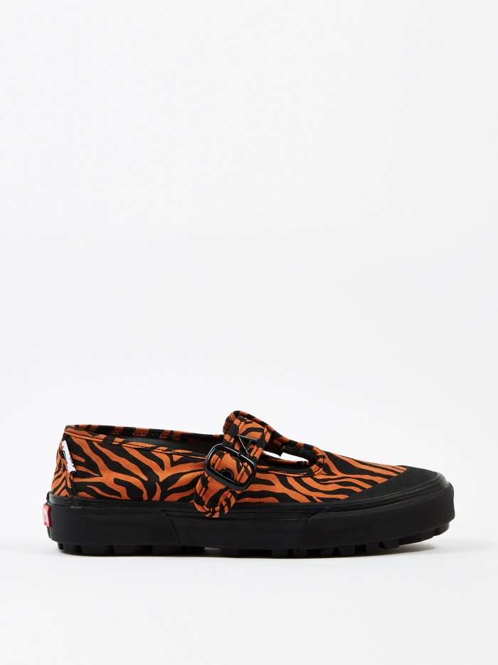 Vans x Ashley Williams Style 93 - Tiger/Black (Image 1)