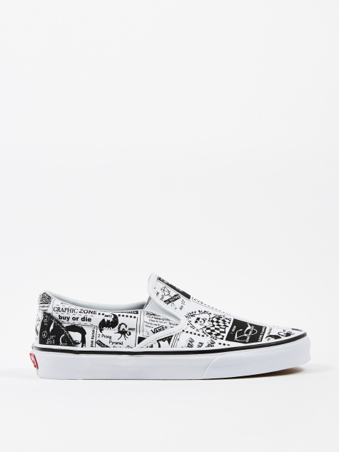 x Ashley Williams Slip-On - Newspaper