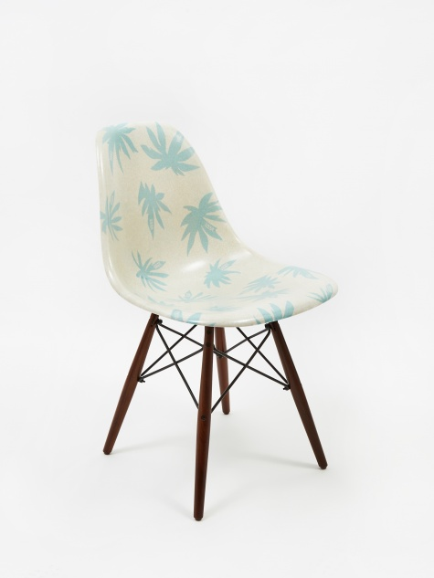 Vault x Modernica Shell Chair - Seed Pearl/Palm Leaf