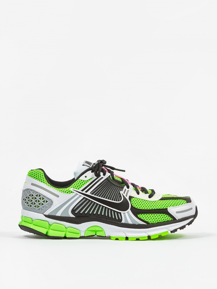 Nike Zoom Vomero 5 SE SP - Electric Green / Black / White Sail (Image 1)