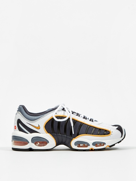 52d0dea011 Nike Trainers & Clothing for Men | Goodhood