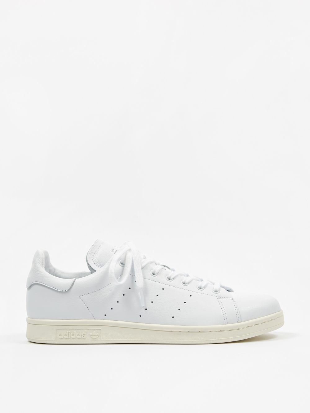 detailed look 064a0 4dab4 Adidas Stan Smith - Triple White