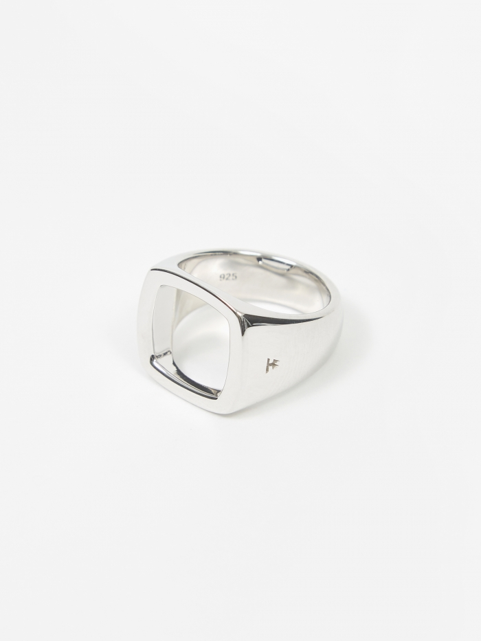 Tom Wood Cushion Open Ring - Sterling Silver (Image 1)