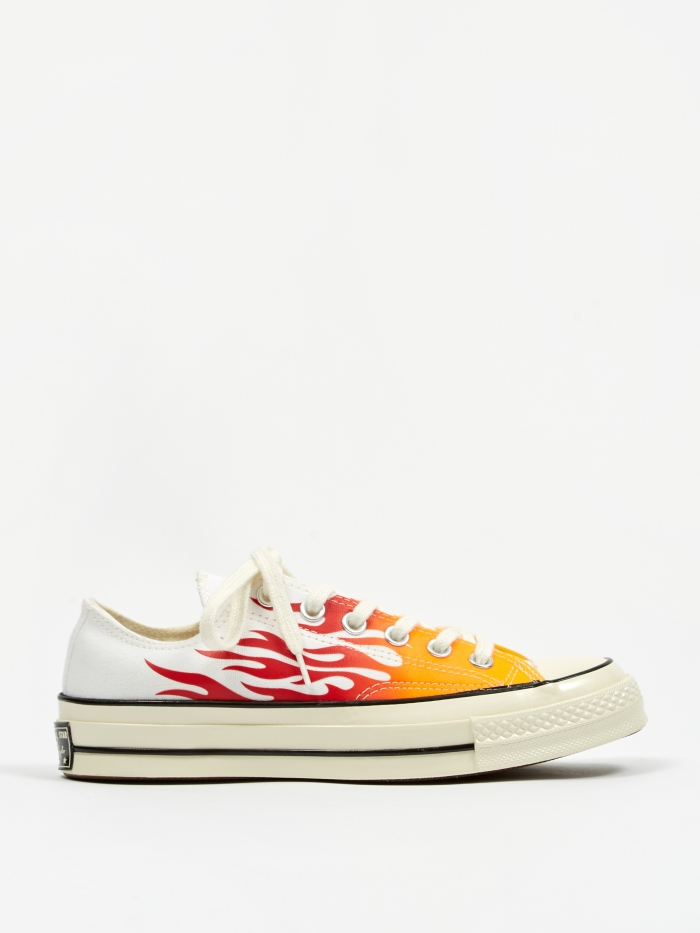 Converse Chuck Taylor All Star 70 Archive Prints Ox - White/Red (Image 1)