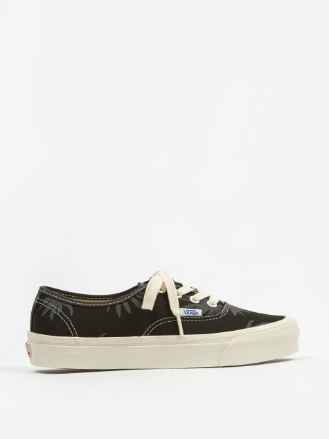 Vault OG Authentic LX - (Canvas/Island Leaf) Black/Raven