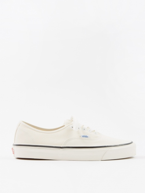Authentic 44 DX - (Anaheim Factory) Classic White