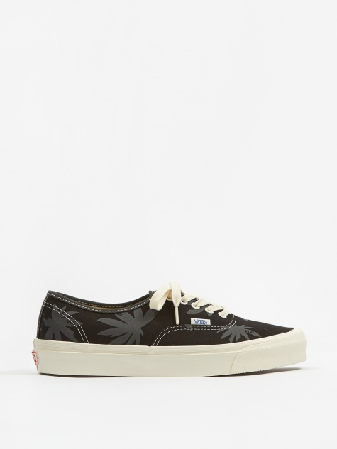 Vault OG Authentic LX - Black/Raven