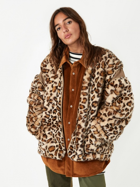 Stand Alone Fur Jacket - Leopard