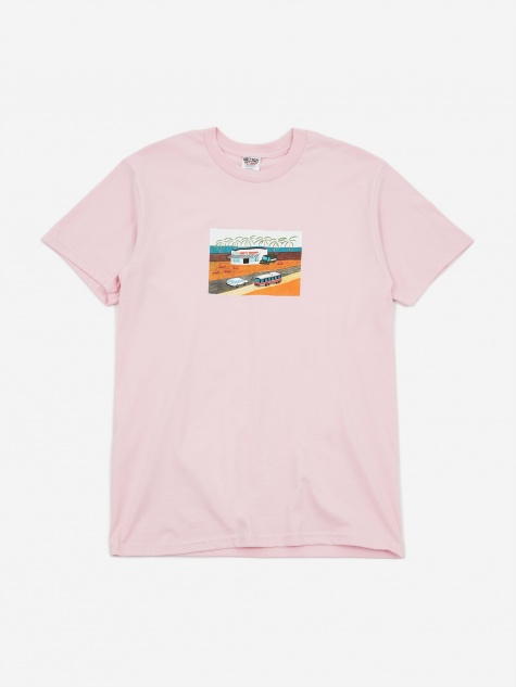Yo Gift Shop T-Shirt - Pink