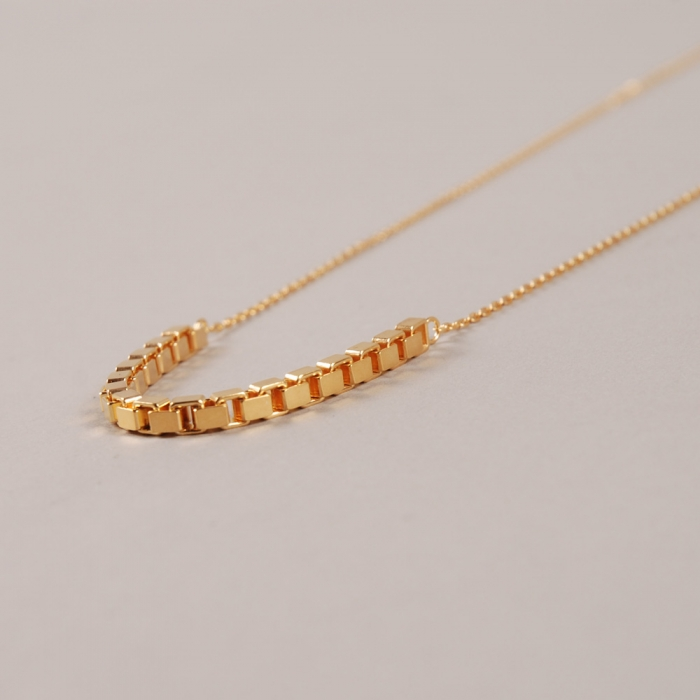 Maria Black Box Necklace - Gold (Image 1)