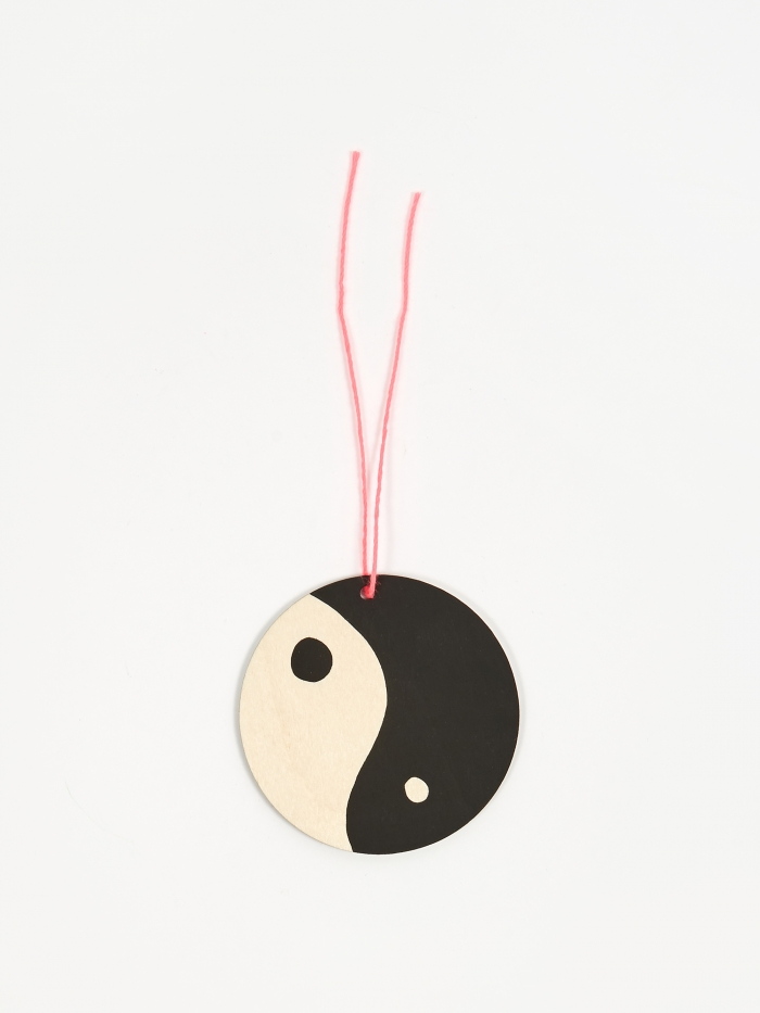 The Great Lakes Goods Yin Yang Ornament (Image 1)