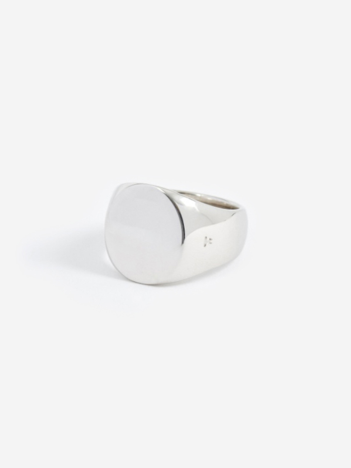 Tom Wood Polished Oval Ring - Silver (Image 1)