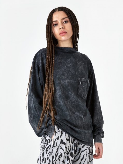 Acid Wash Pocket Longsleeve T-Shirt - Black
