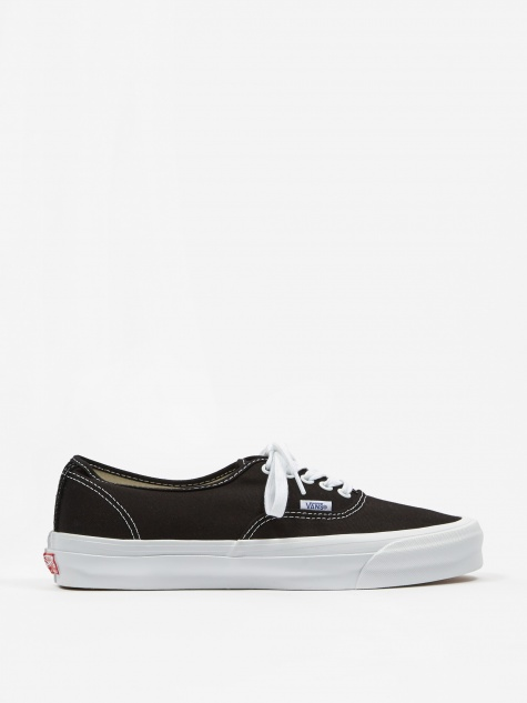 Vault OG Authentic LX - Black/True White