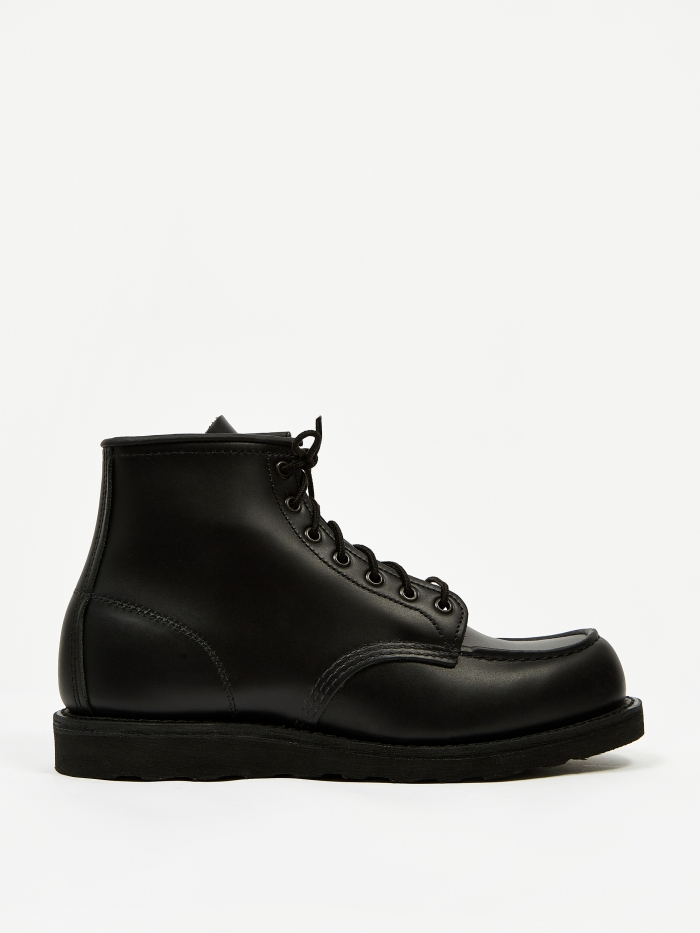 Red Wing 6 inch Classic Moc Toe Boot - Black Skagway (Image 1)