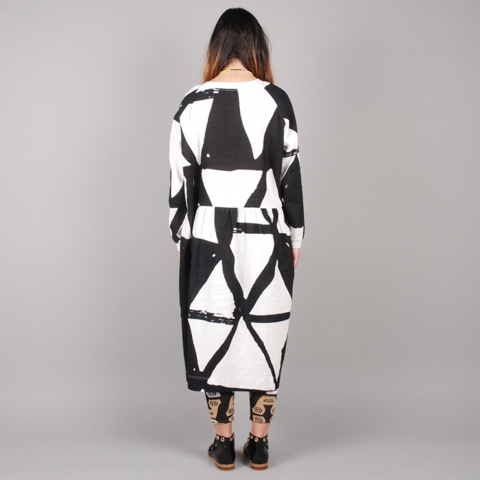 Perks & Mini PAM Kamayura L/S Dress - White/Black (Image 1)
