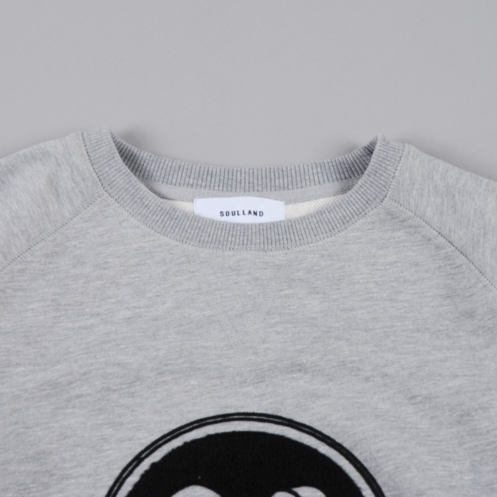 Soulland Ribbon Pro Raglan Sweat W.Emblem - Grey (Image 1)