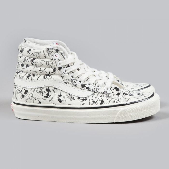 Vans x Snoopy OG Sk8-Hi LX Camp Snoopy - Classic White (Image 1)