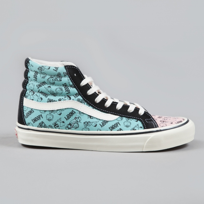 Vans x Snoopy OG Sk8-Hi LX Snoopy And The Gang - Black (Image 1)